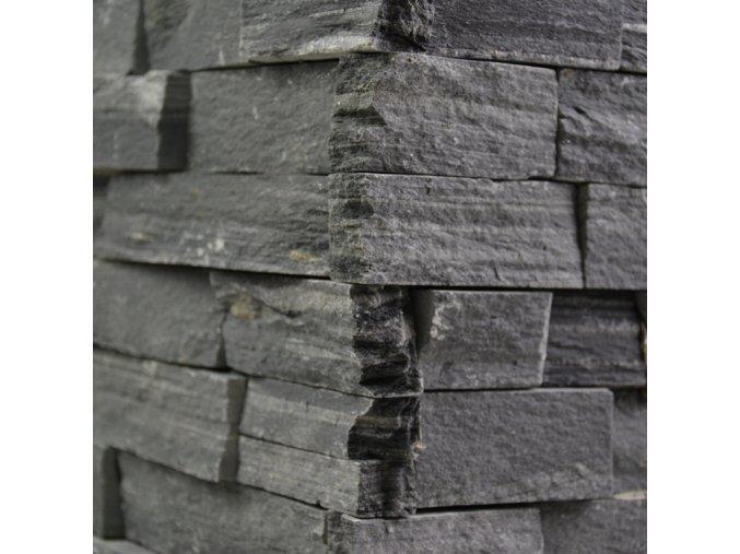 Kamenný obklad roh, černá břidlice, toušťka 2-3,5cm, BL002ROH